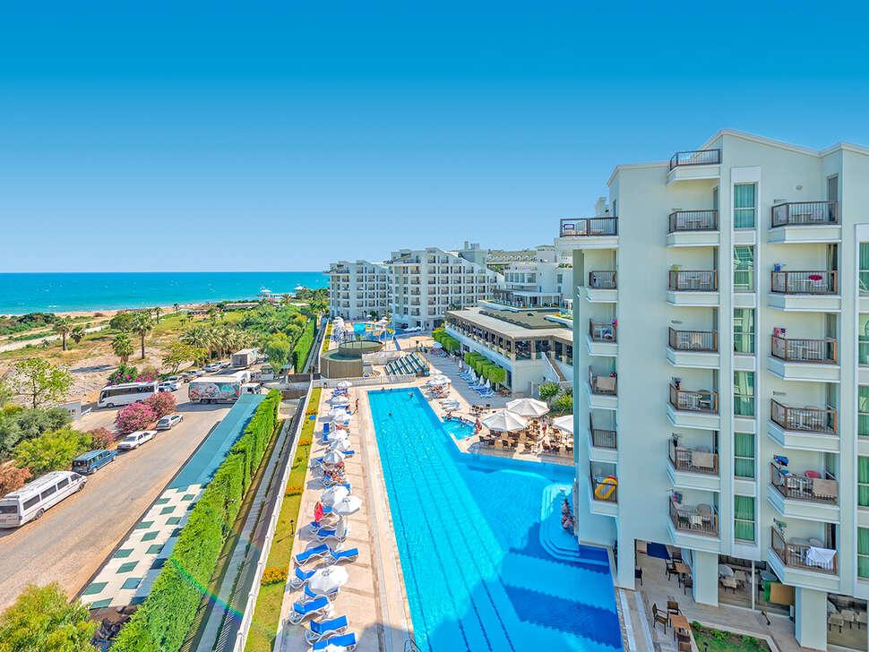 Royal Atlantis Resort