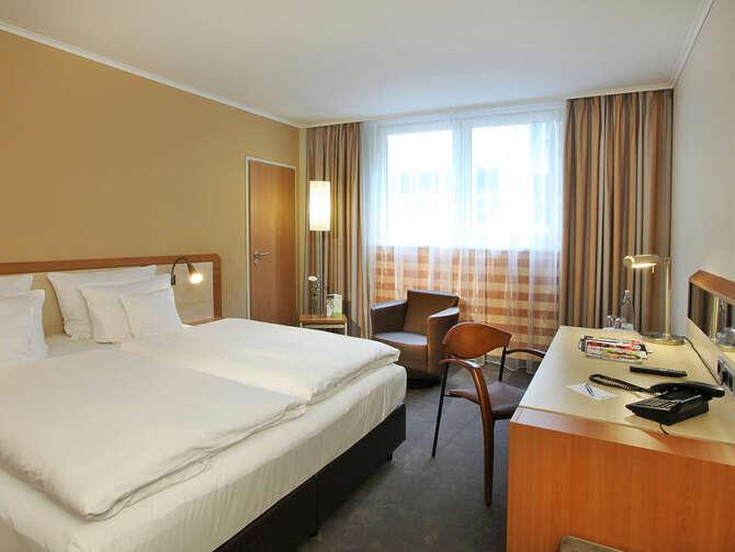 Lindner Hotel Dom Residence Keulen