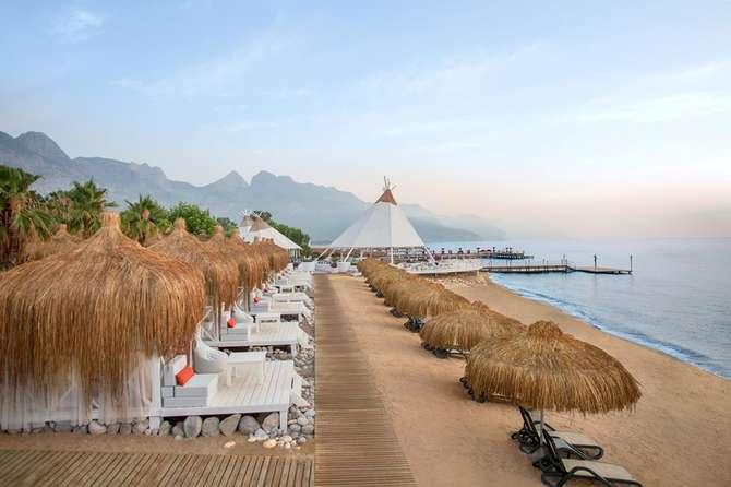 Paloma Renaissance Antalya Beach Resort & Spa Kemer
