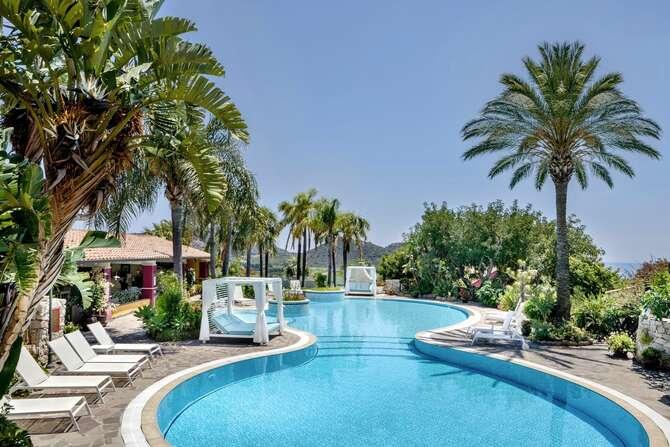 Cruccuris Resort Villasimius