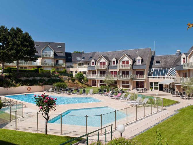 Hotel Mercure Omaha Beach Port-en-Bessin-Huppain