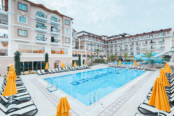 L'Oceanica Beach Resort Kemer