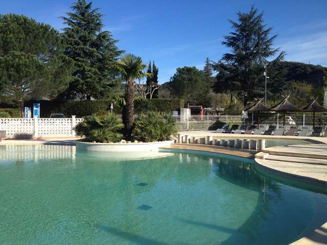 Camping Flower Le Riviera Sampzon