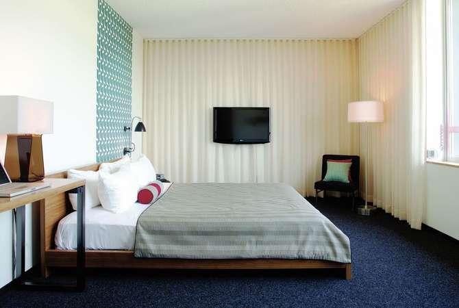 Custom Hotel Marina del Rey