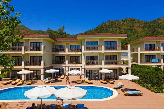 Fortezza Beach Resort Hisarönü