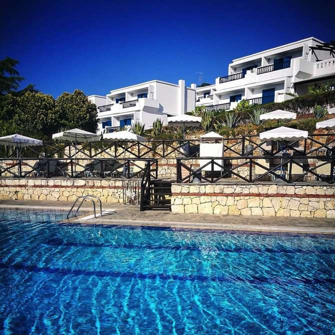 Agionissi Resort Amolianí