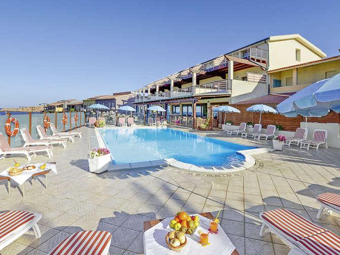 Hotel Corallo Isola Rossa