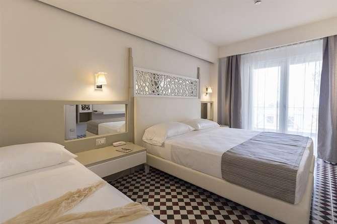 Suite Hotel L Oasi di Riaci Santa Domenica