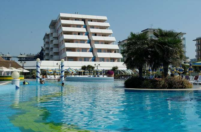 Holiday Aparthotel Bibione