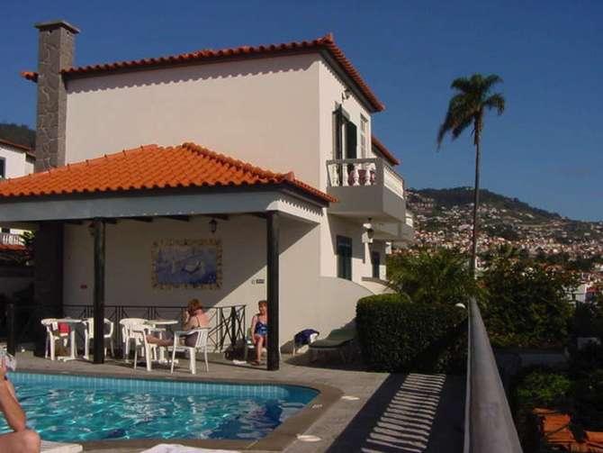 Residencial Pina Funchal