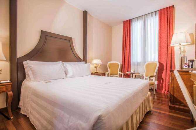 Golden Tower Hotel & Spa Florence