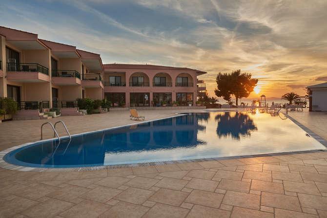 Toroni Blue Sea Hotel & Spa Néos Marmarás
