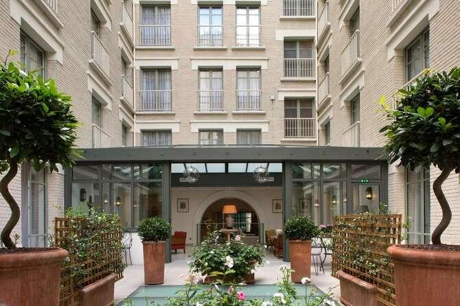 Hotel Le Littre Parijs