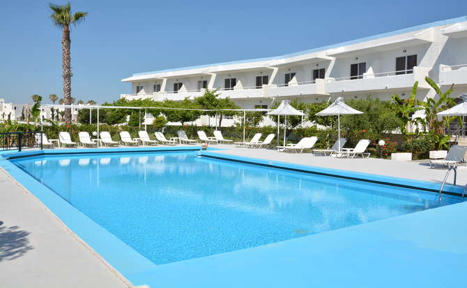 Costa Angela Seaside Resort Lambi