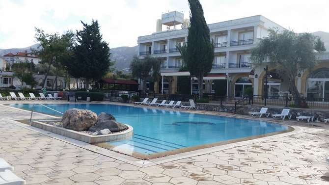 Altinkaya Resort Kyrenia