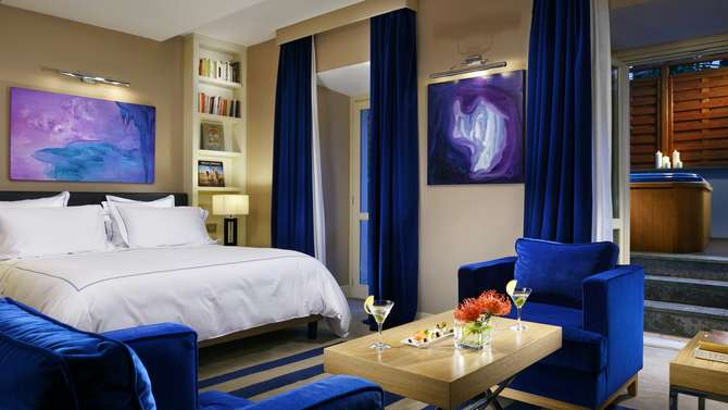 The First Luxury Art Hotel Roma Rome