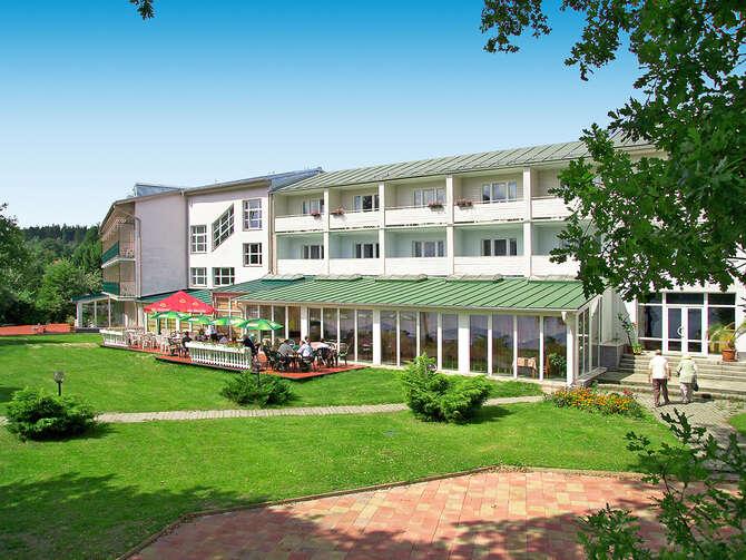 Hotel Riviera Nová Role