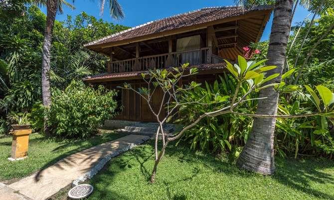 Pondok Sari Beach Bungalow Resort Pemuteran