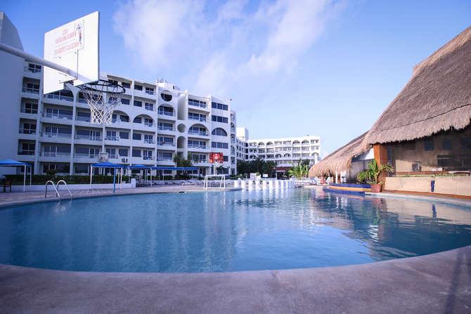 Aquamarina Beach Cancún