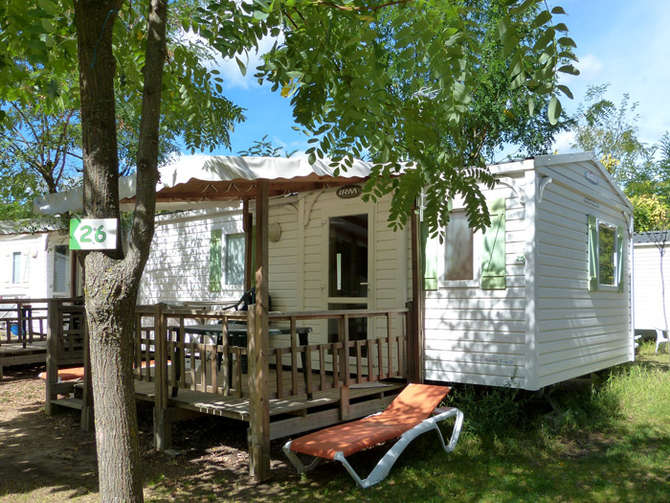 Camping La Nouzarede Joyeuse