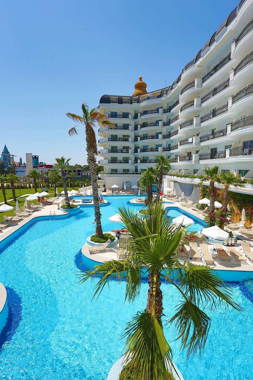 Heaven Beach Resort&Spa