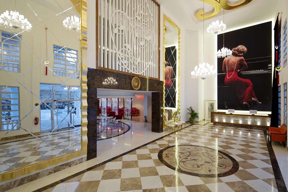 Hotel Justiniano Resort