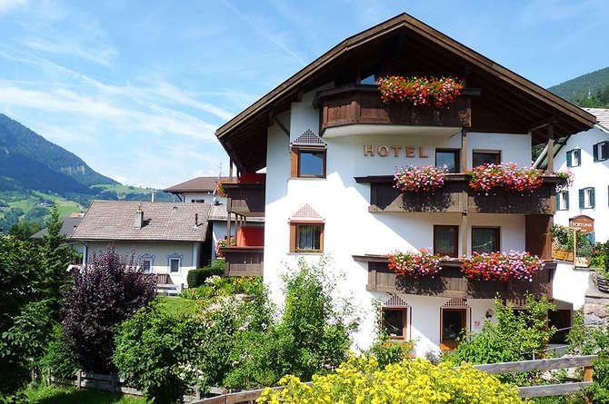 Hotel Garni Fortuna Ortisei - St. Ulrich