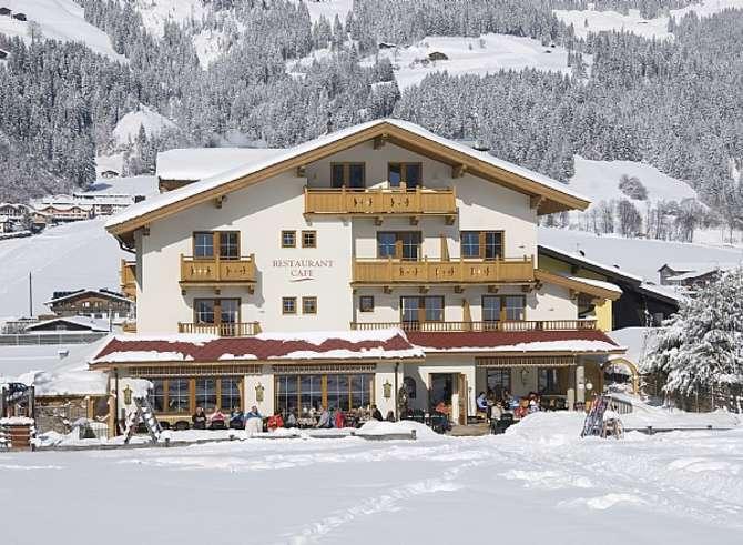 Family Hotel Loipenstub'n Kirchberg in Tirol