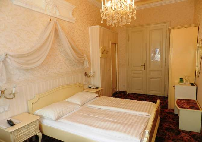 Hotel Pension Baronesse Wenen