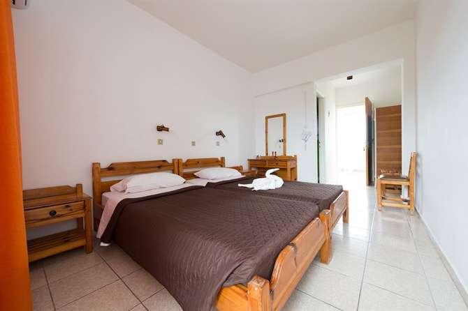 Laura Hotel Lambi