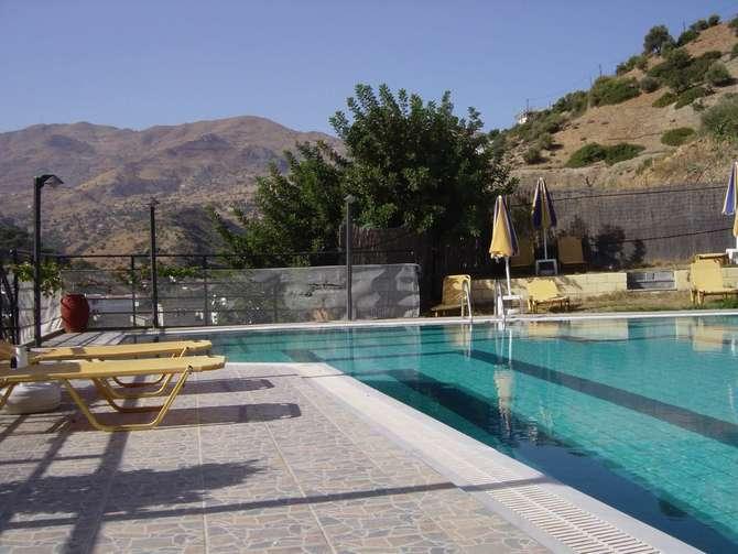 Hotel Petra Agia Galini