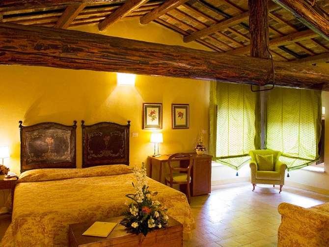 Residenza dei Capitani Ascoli Piceno