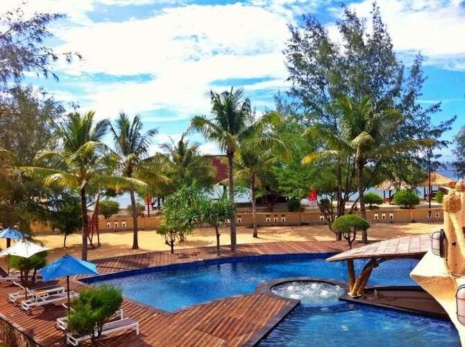 Oceano Jambuluwuk Resort Pulau Terawangan