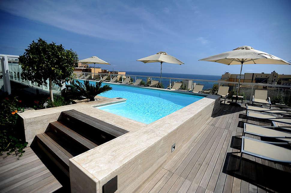 TIP vakantie Malta 🏝️The George Urban Boutique Hotel