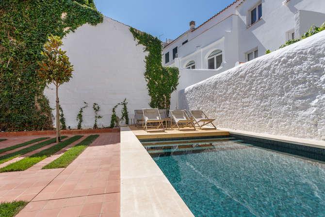 Casa Ladico Hotel Boutique Es Castell