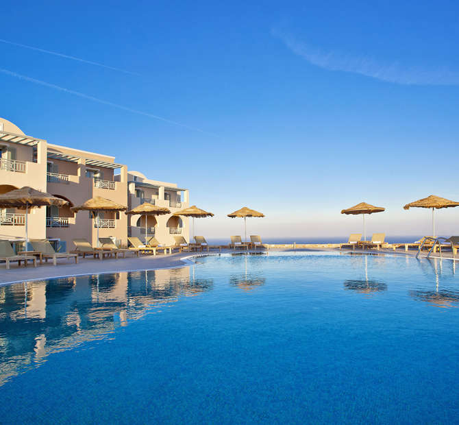 Astro Palace Hotel & Suites Fira