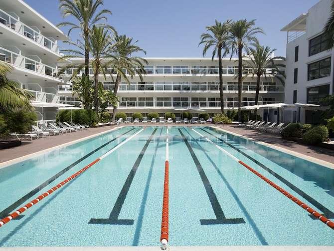 Las Gaviotas Suites Hotel Playa de Muro
