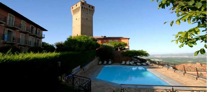 Hotel Castello di Santa Vittoria Santa Vittoria d'Alba