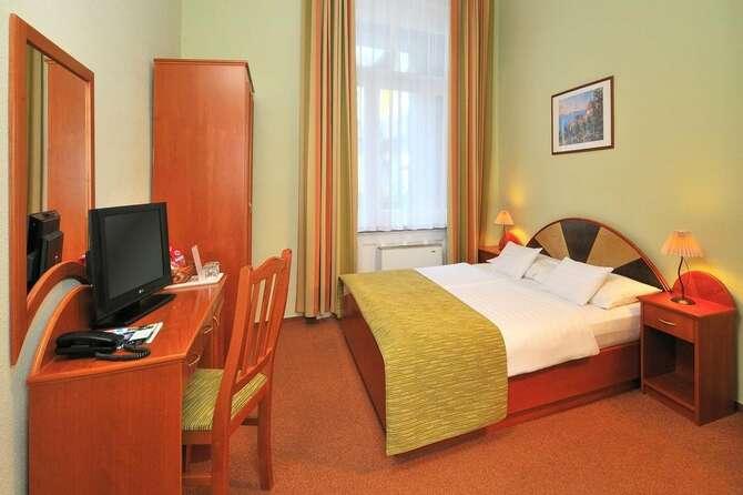 Baross City Hotel Boedapest