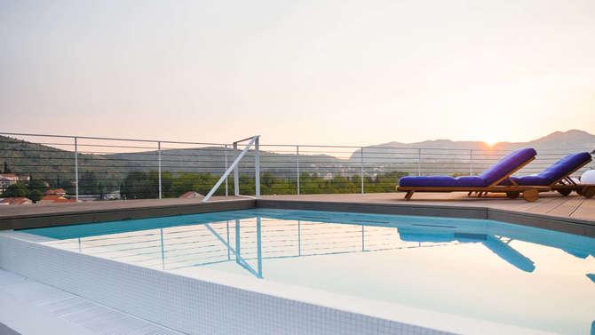 One Suite Hotel Srebreno