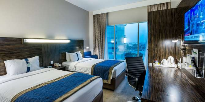 Holiday Inn Express Dubai Jumeirah Dubai