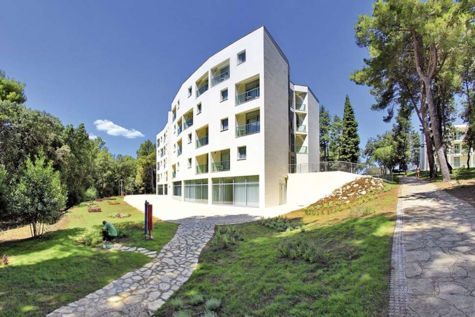 Crvena Luka Hotel Resort