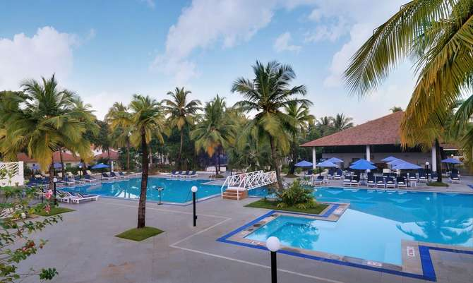 Dona Sylvia Beach Resort Cavelossim
