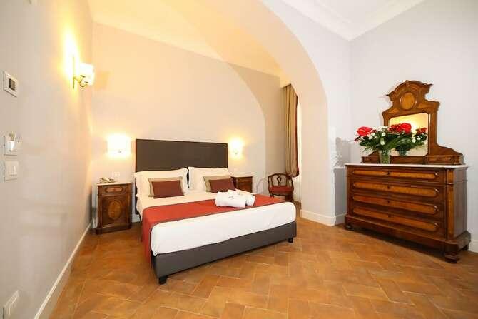 Decumani Hotel De Charme Napels