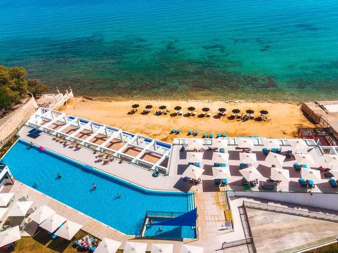 Cavo Orient Beach Hotel Kipséli