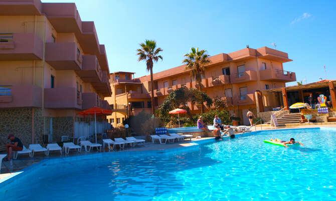 Hotel Haris Aghia Marina