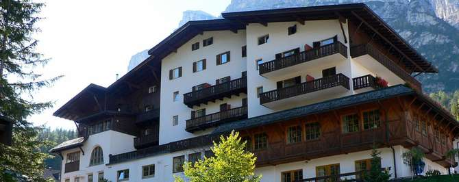 Hotel Dolomiti Badia - Abtei