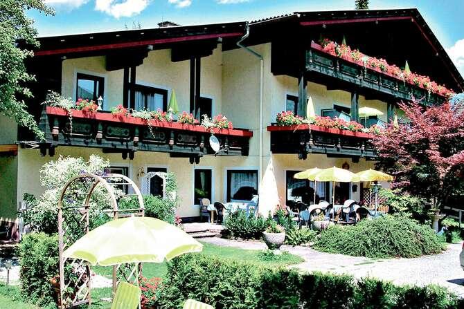 Hotel-Villa Dorothy Seeboden