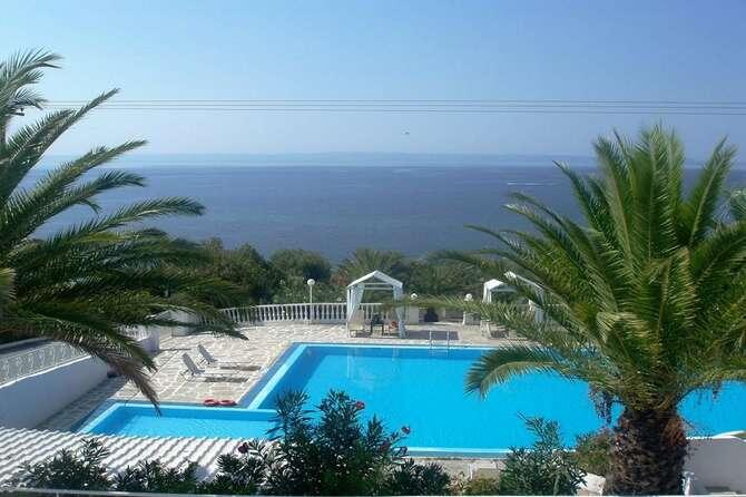 Bianco Olympico Beach Resort Metamorfosi