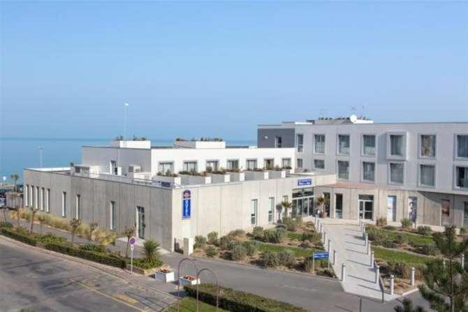 Best Western Plus Hotel de la Baie Donville-les-Bains